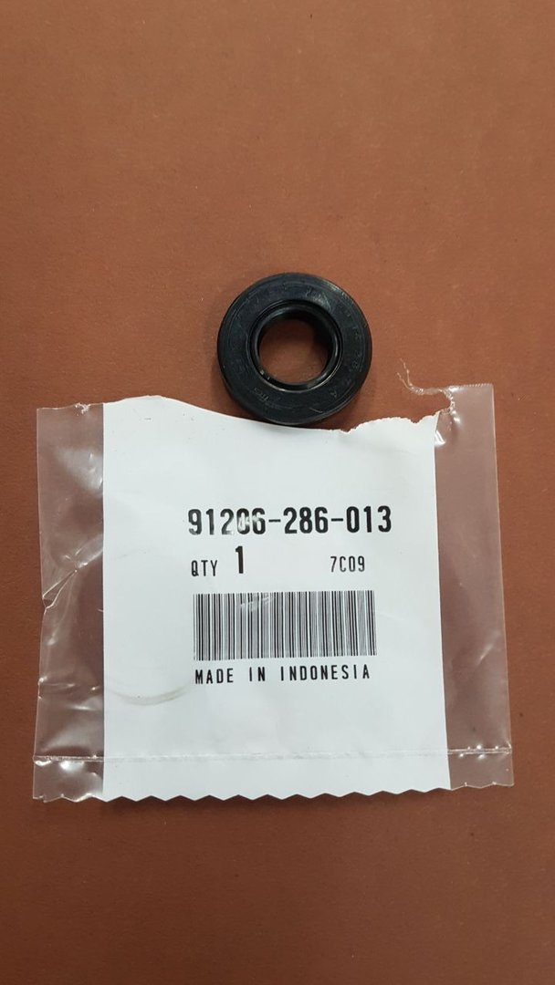 Seal Selector Shaft, Honda Valkyrie, 91206-286-013